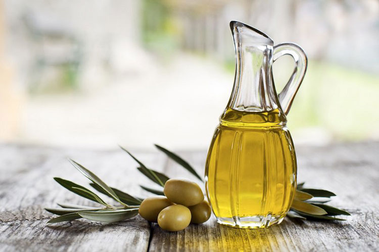 how to use olive oil for hair - olive oil for hair overnight