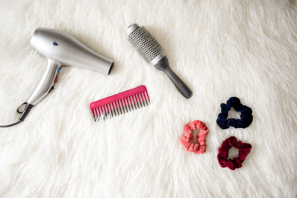 11 Best Detangling Brushes and Combs for Hair